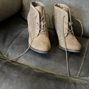 MIA LIGHT BROWN BOOT ANKLE BOOTIE